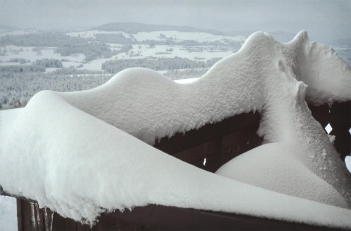 Galerie - Ferienwohnung-zum-Stinesler-So-kann-der-Balkon-im-Winter-aussehen.jpg